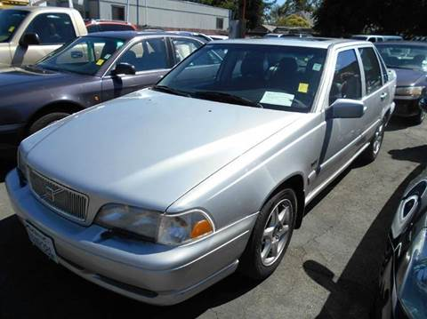 1998 Volvo S70 for sale at Crow`s Auto Sales in San Jose CA