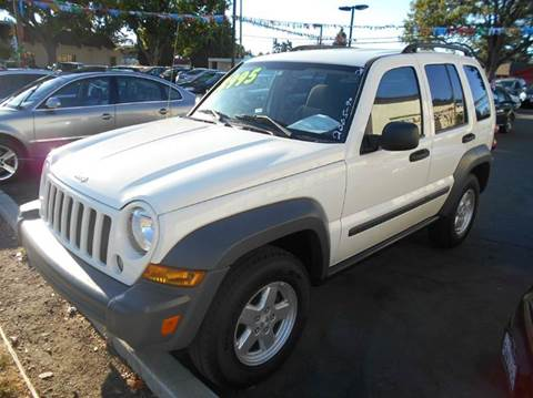 2005 Jeep Liberty for sale at Crow`s Auto Sales in San Jose CA