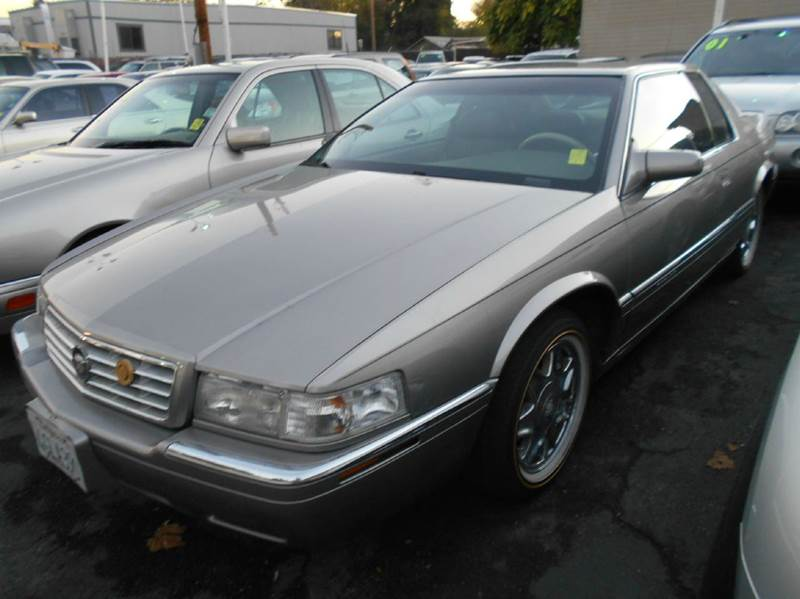 1999 CADILLAC ELDORADO BASE 2DR COUPE silver abs - 4-wheel air suspension - rear antenna type -