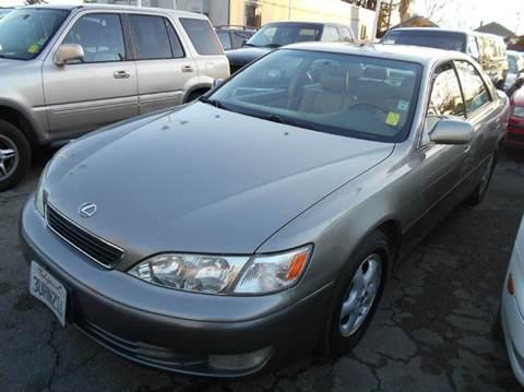 1997 Lexus ES 300 for sale at Crow`s Auto Sales in San Jose CA