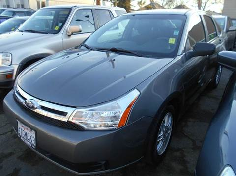 2005 Ford Focus for sale at Crow`s Auto Sales in San Jose CA