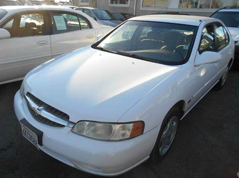 2001 Nissan Altima for sale at Crow`s Auto Sales in San Jose CA