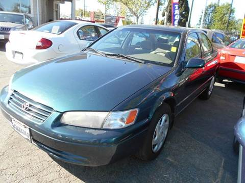 1998 Toyota Camry for sale at Crow`s Auto Sales in San Jose CA