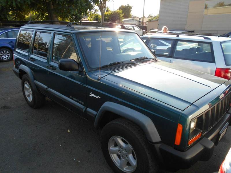 1998 Jeep Cherokee for sale at Crow`s Auto Sales in San Jose CA