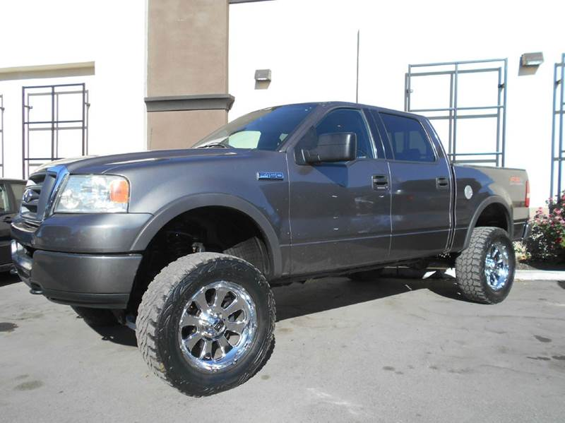2004 FORD F-150 FX4 4DR SUPERCREW 4WD STYLESIDE gray abs - 4-wheel axle ratio - 355 clock cru