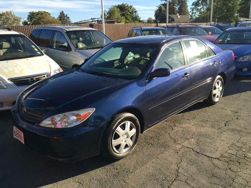 2003 TOYOTA CAMRY LE 4DR SEDAN blue cassette center console clock cruise control daytime runn