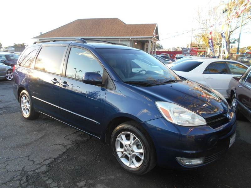 2005 TOYOTA SIENNA XLE 7 PASSENGER 4DR MINI VAN blue abs - 4-wheel anti-theft system - alarm ca