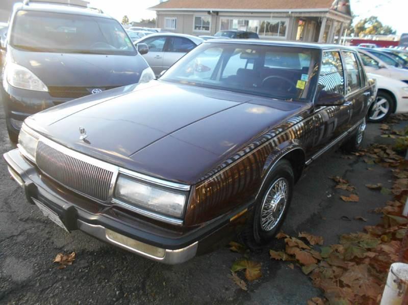 1990 BUICK LESABRE maroon 47000 miles VIN 11111111111111BUI