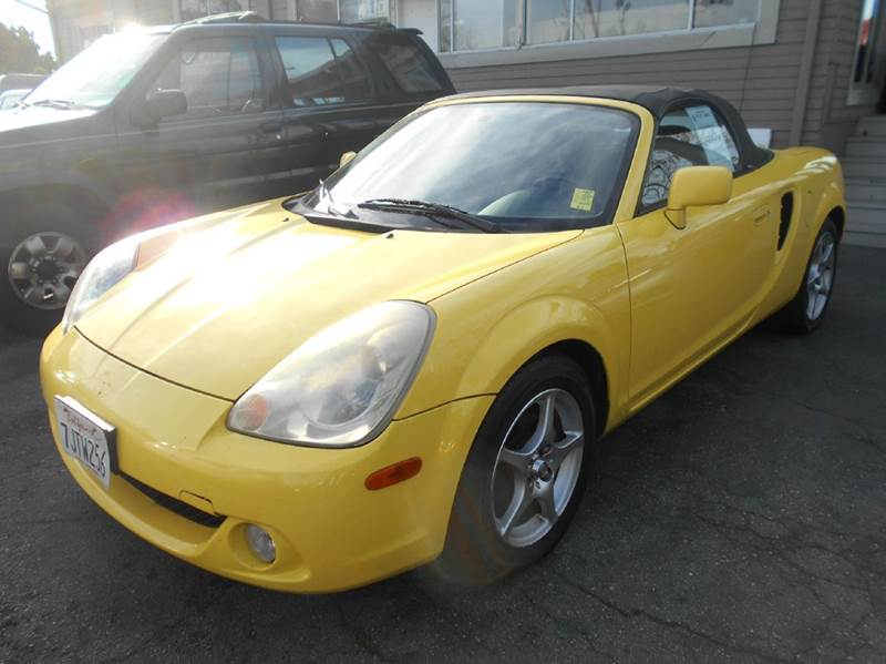 2003 TOYOTA MR2 SPYDER BASE 2DR CONVERTIBLE yellow abs - 4-wheel antenna type - power cassette