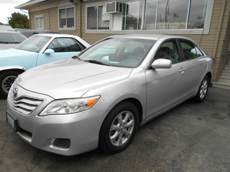 2011 TOYOTA CAMRY LE 4DR SEDAN 6A silver 2-stage unlocking doors abs - 4-wheel air filtration