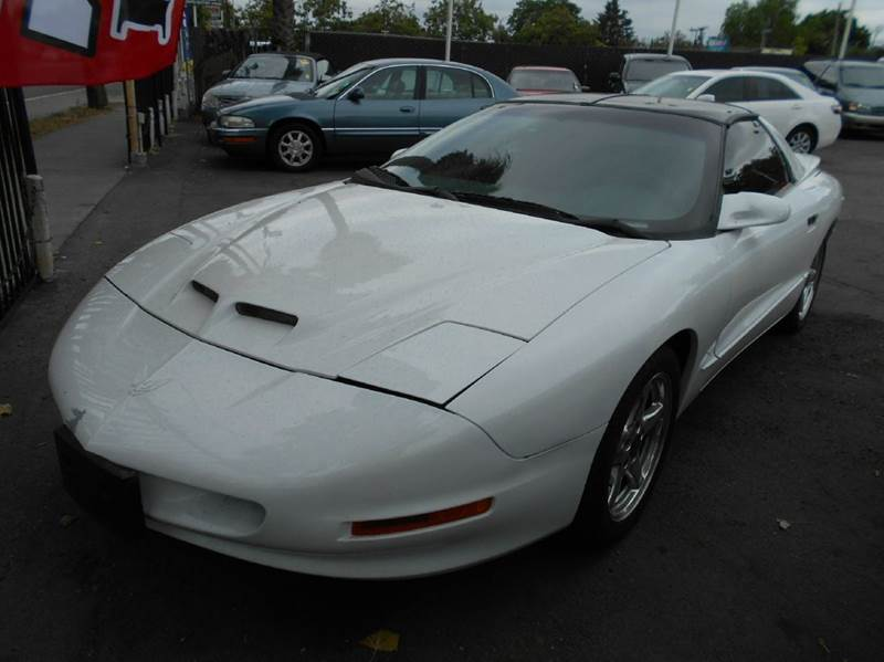1997 PONTIAC FIREBIRD TRANS AM 2DR HATCHBACK white abs - 4-wheel cassette cruise control dayti