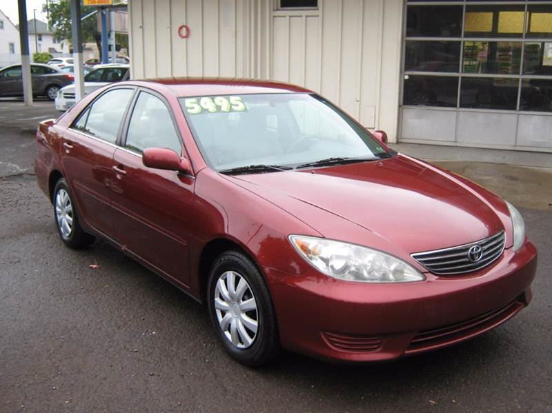 2005 Toyota Camry for sale at D & M Auto Sales in Corvallis OR