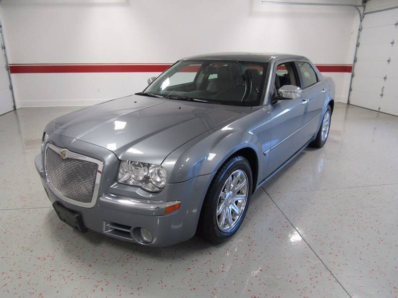 2006 Chrysler 300 for sale at Superior Auto Sales in New Windsor NY