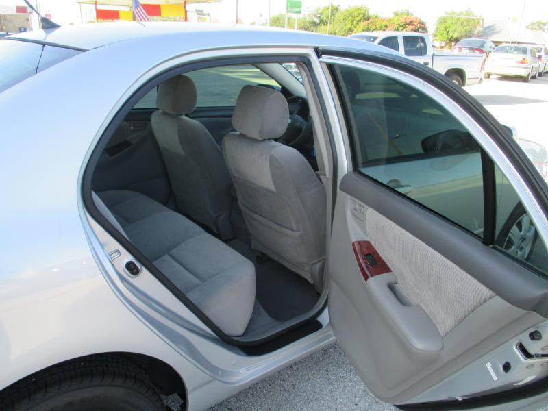2006 Toyota Corolla LE 4dr Sedan w/Automatic - Cedar Park TX