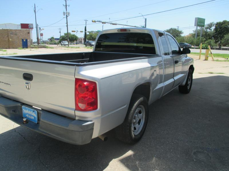 2007 Dodge Dakota 4x2 ST 4dr Club Cab SB - Cedar Park TX