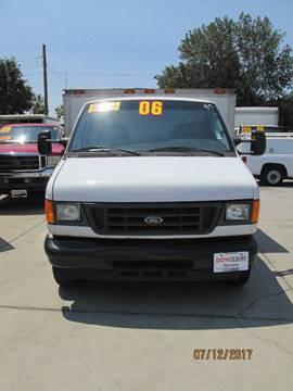 2006 Ford E-350 for sale in Pomona, CA