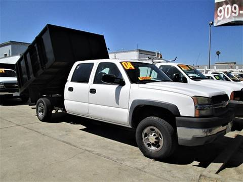 2004 Chevrolet SILVERADO 2500 HD for sale at DOYONDA AUTO SALES in Pomona CA