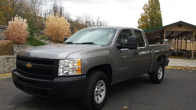 2009 Chevrolet Silverado 1500 for sale at Deanas Auto Biz in Pendleton OR