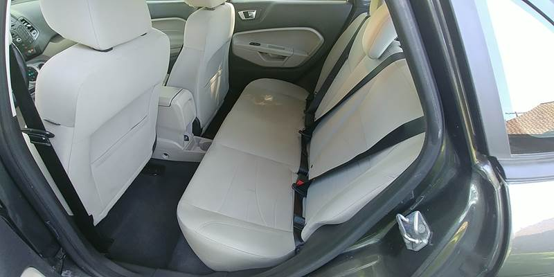 2015 Ford Fiesta for sale at Deanas Auto Biz in Pendleton OR