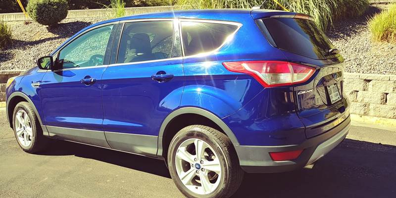 2014 Ford Escape for sale at Deanas Auto Biz in Pendleton OR