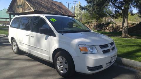 2009 Dodge Grand Caravan for sale at Deanas Auto Biz in Pendleton OR