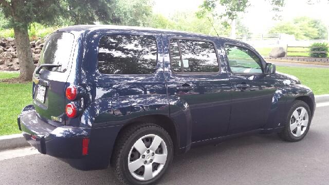 2009 Chevrolet HHR for sale at Deanas Auto Biz in Pendleton OR