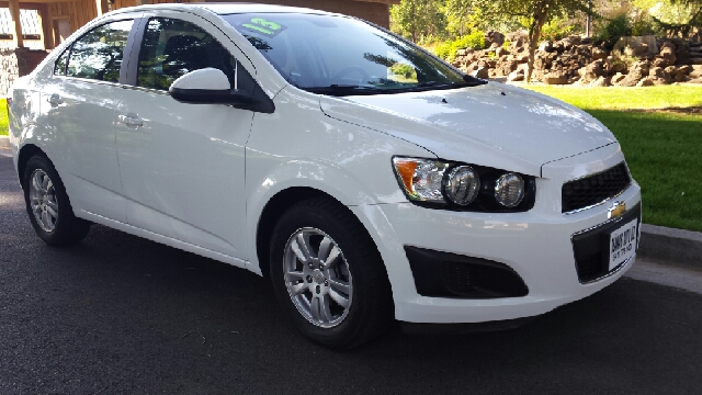 2013 Chevrolet Sonic for sale at Deanas Auto Biz in Pendleton OR