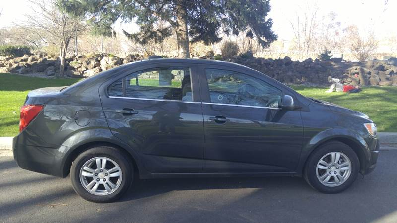 2015 Chevrolet Sonic for sale at Deanas Auto Biz in Pendleton OR