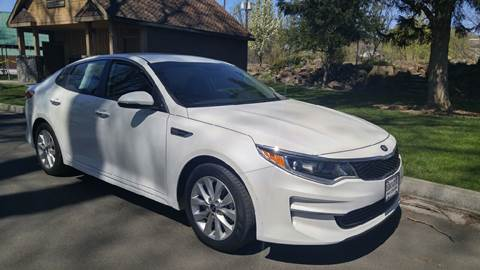 2016 Kia Optima for sale at Deanas Auto Biz in Pendleton OR