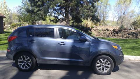 2016 Kia Sportage for sale at Deanas Auto Biz in Pendleton OR