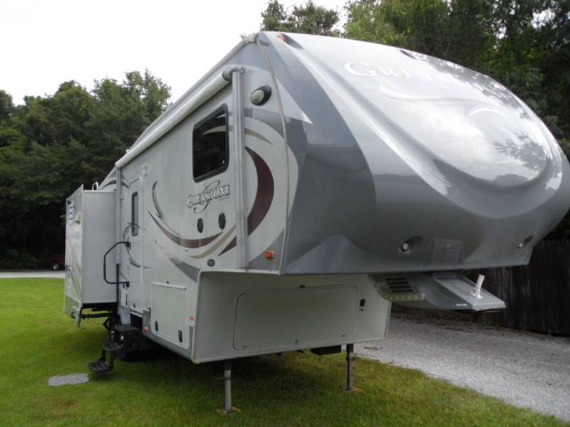 Bay RV Sales - Used RV Trailers - Lillian AL Dealer