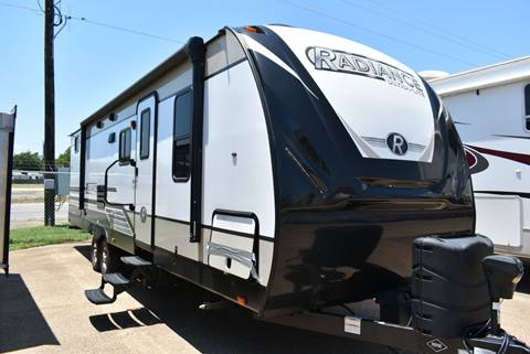 2018 Cruiser RV Radiance for sale in Burleson, TX