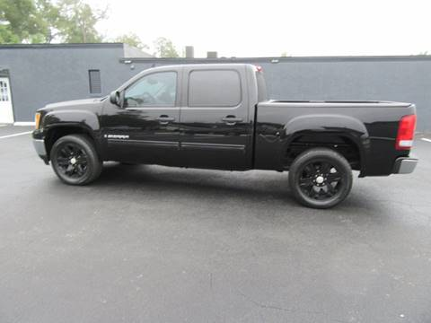 2009 GMC Sierra 1500 for sale at ARENA AUTO SALES,  INC. in Holly Hill FL