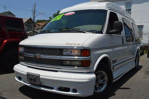 2001 Chevrolet Express for sale in Richmond Hill, NY