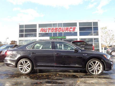 2017 Volkswagen Passat for sale in Milwaukee, WI