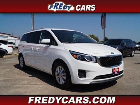 2016 Kia Sedona for sale at FREDYS CARS FOR LESS in Houston TX