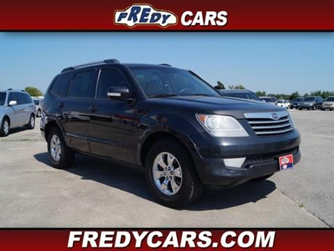 2009 Kia Borrego for sale at FREDYS CARS FOR LESS in Houston TX