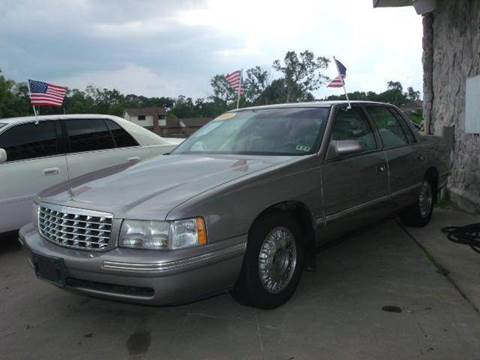 1999 Cadillac DeVille for sale at FREDYS CARS FOR LESS in Houston TX
