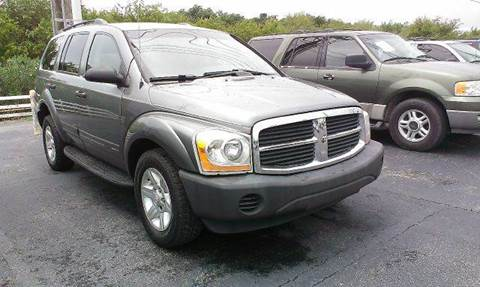 2005 Dodge Durango for sale at FREDYS CARS FOR LESS in Houston TX