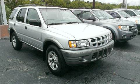 2002 Isuzu Rodeo for sale at FREDYS CARS FOR LESS in Houston TX