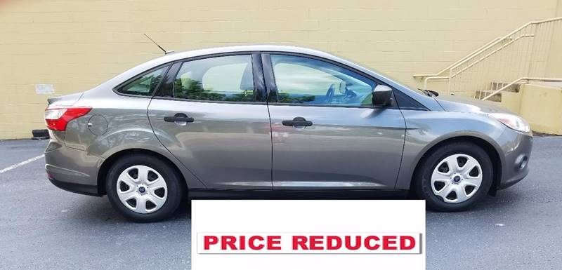 2012 Ford Focus for sale at LATIN AMERICAN MOTORS in Grayson GA