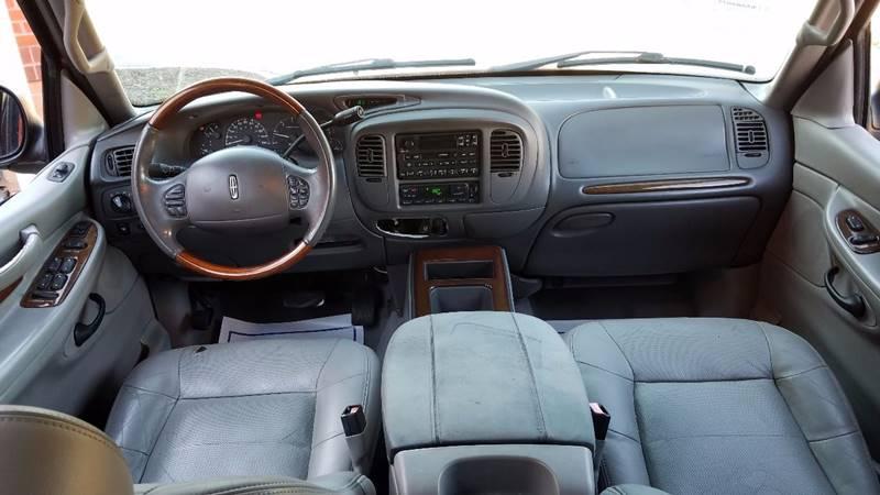 2002 Lincoln Navigator for sale at LATIN AMERICAN MOTORS in Grayson GA