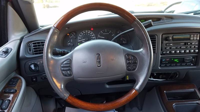 2002 Lincoln Navigator for sale at LATIN AMERICAN MOTORS in Grayson GA