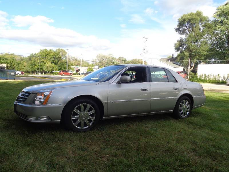 2006 cadillac dts luxury i 4dr sedan in elgin il triangle auto sales. Black Bedroom Furniture Sets. Home Design Ideas