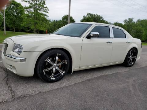 2006 Chrysler 300 for sale at Superior Auto Sales in Miamisburg OH