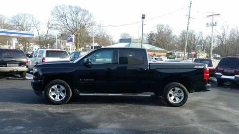 2016 Chevrolet Silverado 1500 for sale at VINE STREET MOTOR CO in Urbana IL