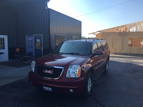 2011 GMC Yukon XL for sale in Monticello, IL