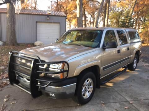 2004 Chevrolet Silverado 1500 for sale at Hoss Sage City Motors, Inc in Monticello IL