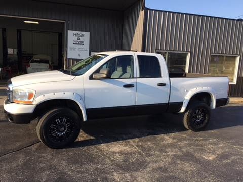 2006 Dodge Ram Pickup 2500 for sale at Hoss Sage City Motors, Inc in Monticello IL