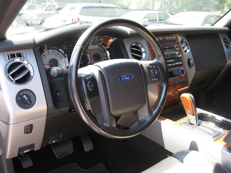 2010 Ford Expedition EL 4x4 Eddie Bauer 4dr SUV - Crete IL